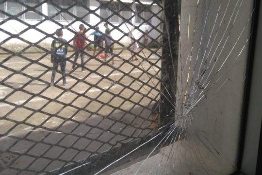 altos de san lorenzo: robaron la pileta donde los chicos del barrio disfrutaban del verano