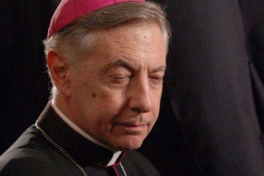 aguer presenta su renuncia pero quiere quedarse con el apoyo del ala dura del episcopado