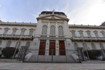 Los judiciales bonaerenses realizan paro en reclamo de aumento de salarios