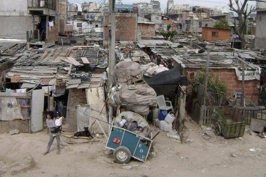 el 10% mas rico de la poblacion tiene un ingreso que es 21 veces mayor que el del sector mas pobre