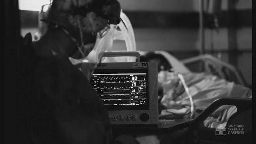 El dramático documental de un sanatorio bonaerense que muestra la lucha del personal de salud contra el coronavirus