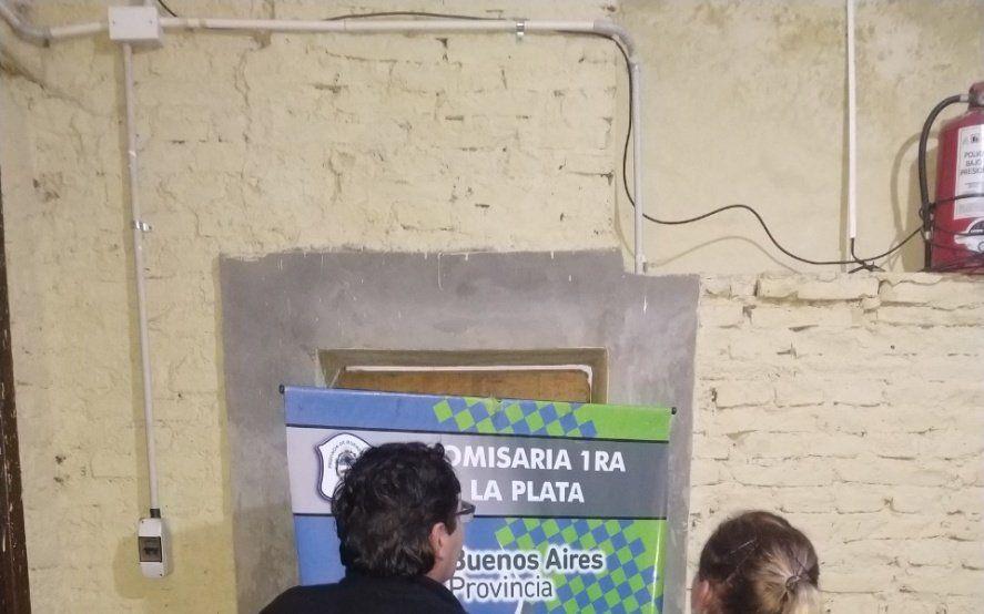 La Plata: discutió con su pareja, la atropelló con el auto, se dio a la fuga y lo detuvieron