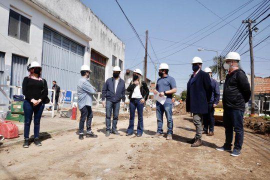 La obra cloacal de AySA beneficiará a más de 10 mil vecinos en San Martín.