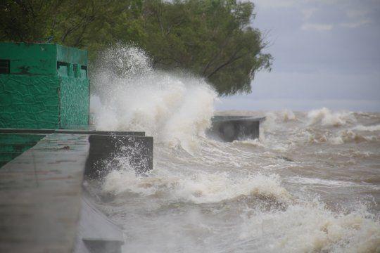 Imágenes del temporal: @elperrocamara