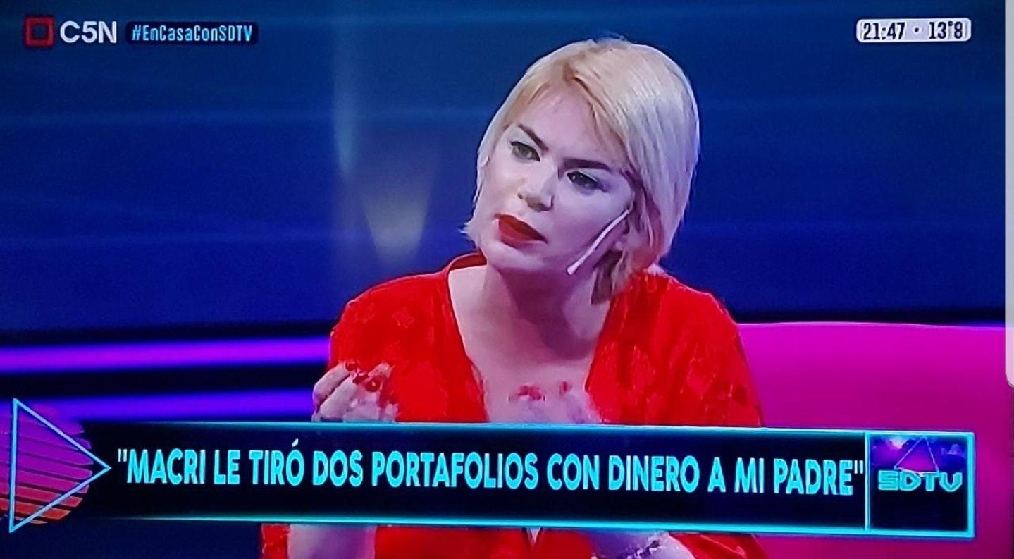 esmeralda mitre: macri le tiro portafolios llenos de dolares a papa