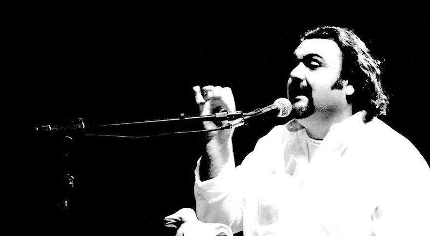 "Jorge Alorsa, autor del homenaje a Maradona: ""Para verte gambetear"""