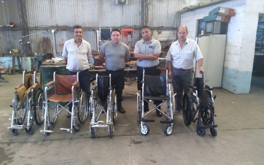 Solidaridad en la cárcel: presos de Trenque Lauquen restauraron sillas de ruedas para Cáritas