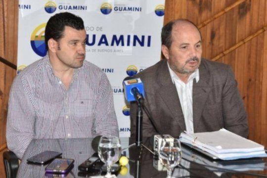 el intendente de guamini aseguro que los papeles quemados no tenian validez y que ?la oposicion dijo cualquier cosa?