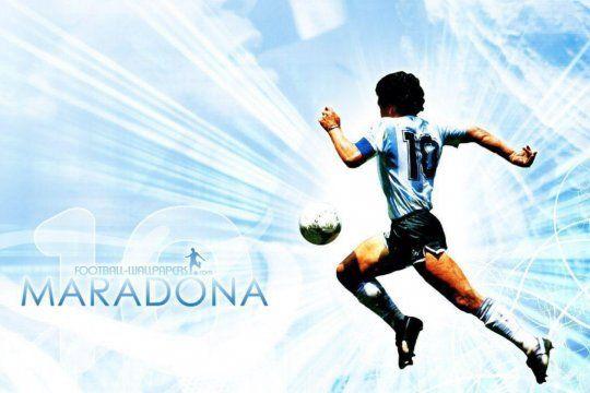 Maradona convirtiéndose en estrella del firmamento en el nuevo relato adaptado de Víctor Hugo