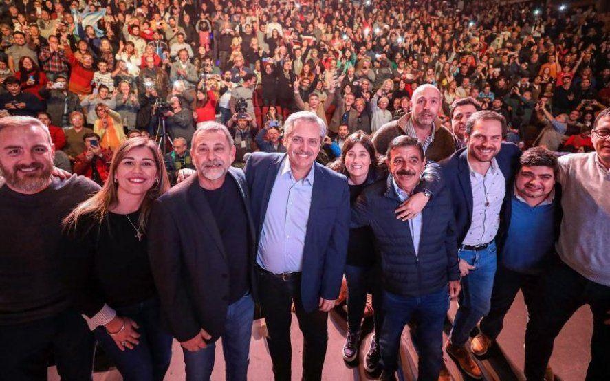 Con Córdoba adentro: Alberto Fernández sigue de campaña en tierras de Schiaretti donde recibió el apoyo de dirigentes del PJ