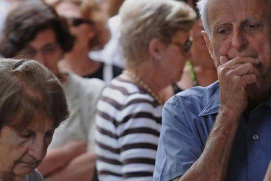 la canasta basica para jubilados aumento casi 24 por ciento y ya alcanzo los 38 mil pesos