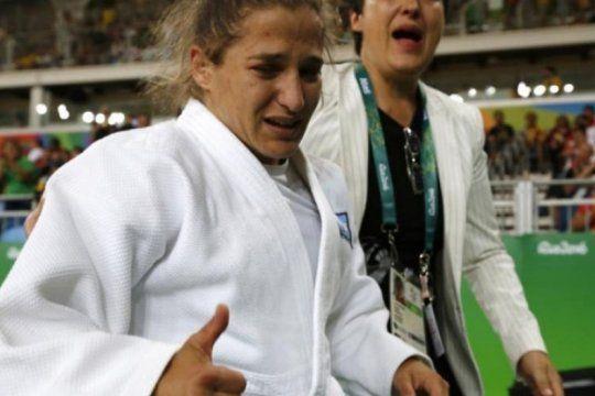 ¿cual es la lesion que saco a paula pareto de la pelea por el bronce en los panamericanos?