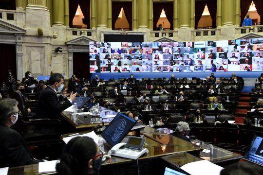 El oficialismo consiguió dictamen de mayoría en Diputados sobre el proyecto de Aporte Solidario.