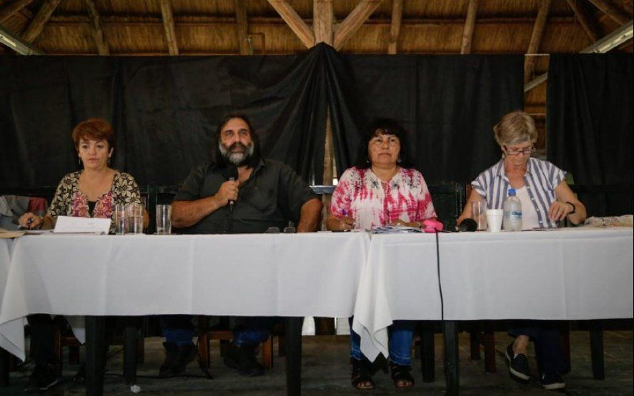 Presionado por sus bases, Suteba condiciona la firma del acuerdo paritario