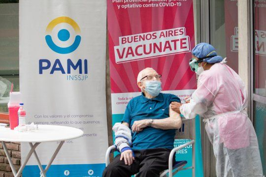 La vacunación masiva de mayores de 70 años comienza este jueves en la Provincia