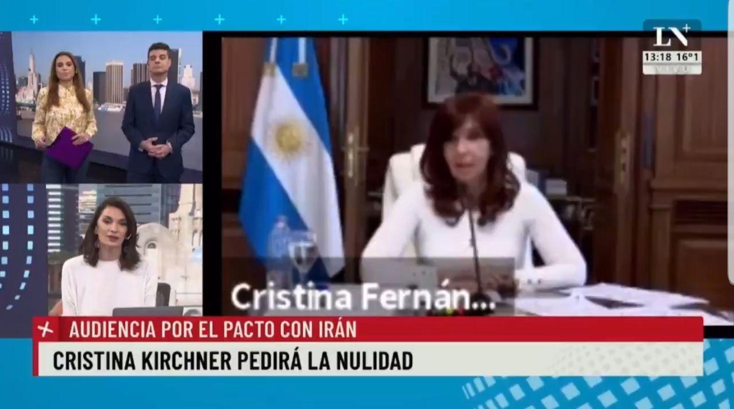 En la señal de cable del Diario La Nación les llamó la atención la ropa blanca de Cristina Kirchner