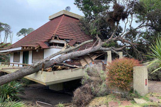 galeria de fotos: asi quedo pinamar despues del tornado