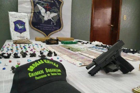 doble crimen con sello narco: un joven mato a una pareja que tenia en su casa drogas y armas
