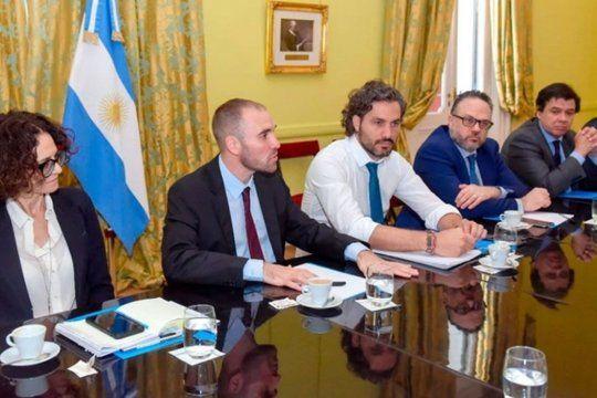 Luego de anunciar un entendimiento con el Club de París, el Gobierno se reúne enGabinete económico