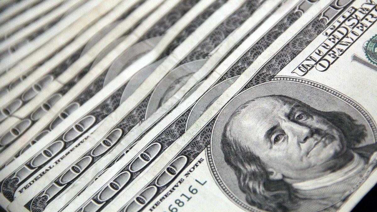 A cuánto cerró el dólar el lunes 25 de octubre
