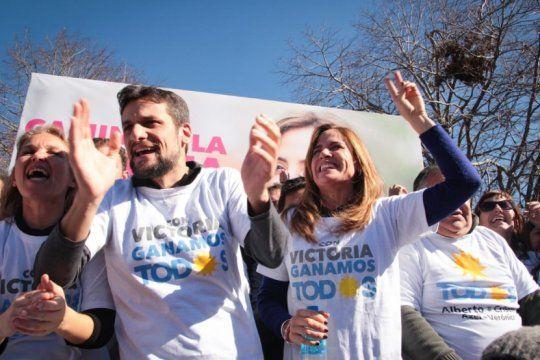 victoria tolosa paz: ?este es el colectivo que nos llevara a la intendencia?