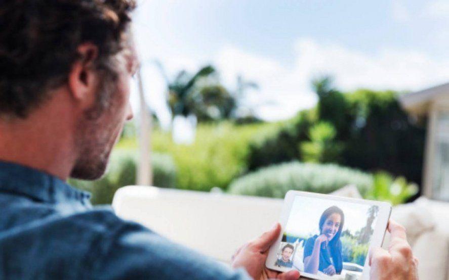 Día del Padre en cuarentena: conocé cómo hacer videollamadas para celebrar con tus hijos a distancia