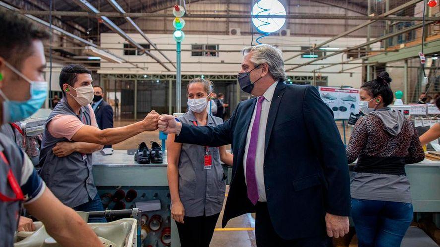 Alberto Fernández presentará obras en la provincia y visitará una fábrica