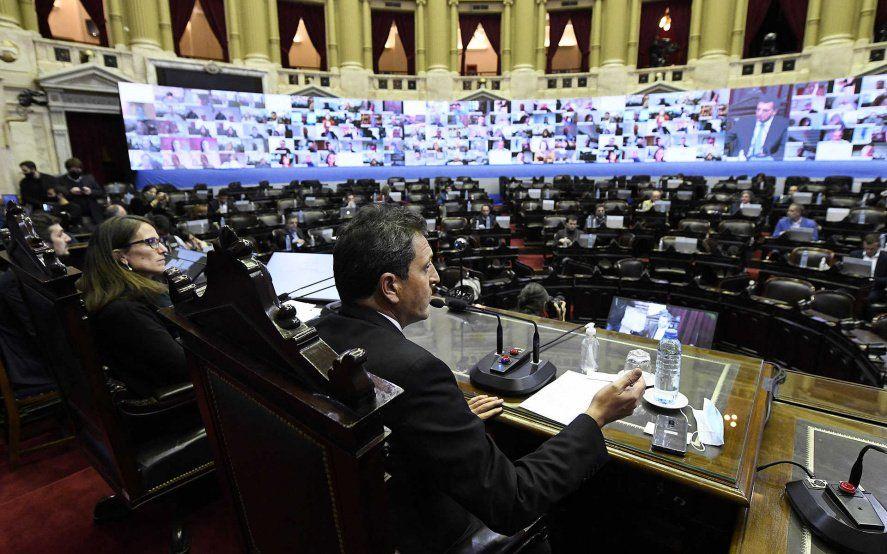 """Massa activó el protocolo y la oposición amenaza con una """"presencia masiva"""" en el Congreso"""