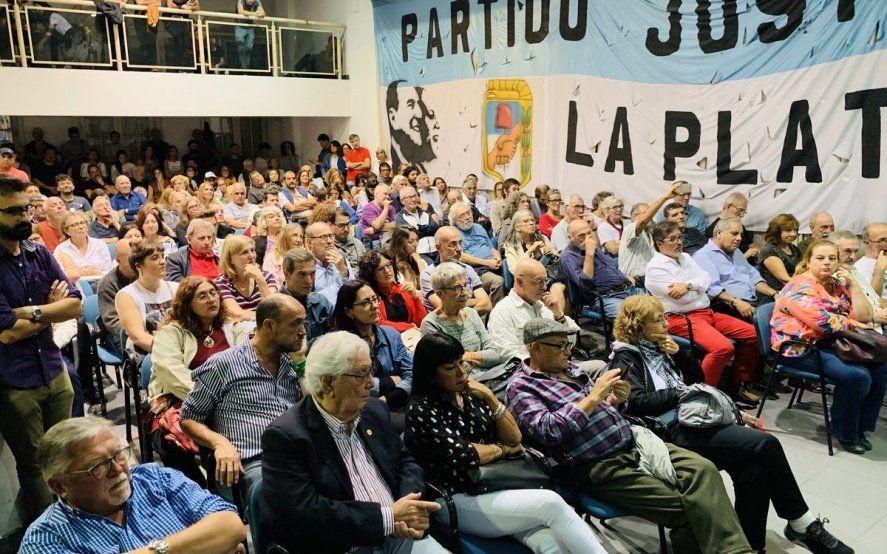 Todos a la final: habrá internas picantes en el peronismo en La Plata y en 11 municipios de Conurbano