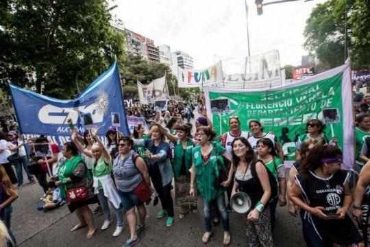 ate repudio la decision del gobierno nacional de descontar el dia a las trabajadoras que adhirieron al paro