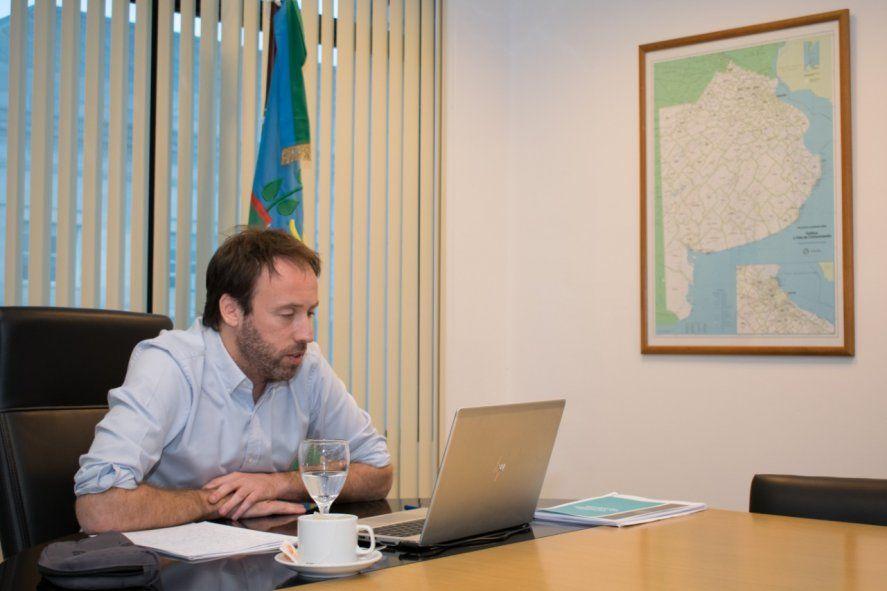 El ministro Pablo López insiste en la sostenibilidad de la deuda.