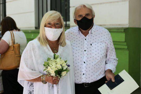 Alicia y Lito fueron los primeros en casarse post cuarentena en La Plata