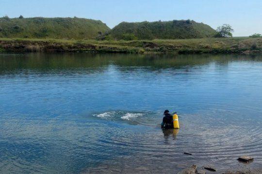 La búsqueda de Jonatan Torres se realiza por cielo, tierra y agua en Olavarría.