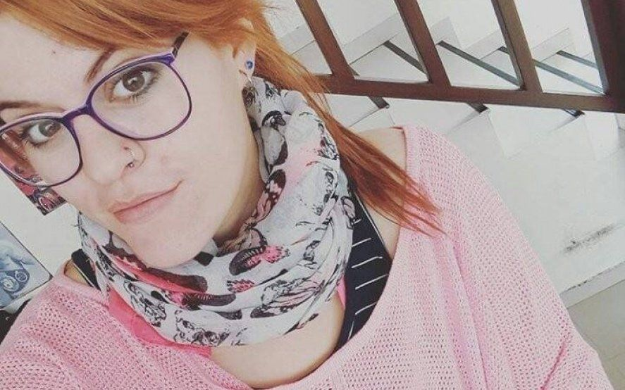 """Una joven platense denunció por discriminación a un local de ropa: """"Vas a reventar la remera"""""""
