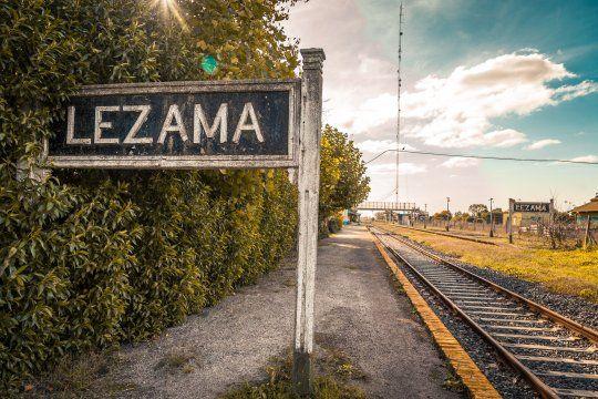 El fotógrafo Damian Álvarez @Alvarezl te invita a conocer Lezama a través de 10 fotos que capturó con su cámara.