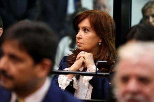 una jueza denuncio presiones en la causa del memorandum con iran y cfk apunto contra el macrismo