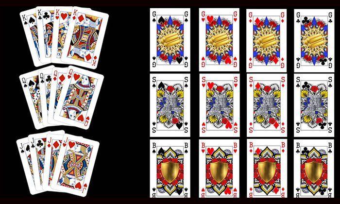 Asi se ven comparativamente un mazo de cartas tradicionales y las nuevas barajas inclusivas por la igualdad