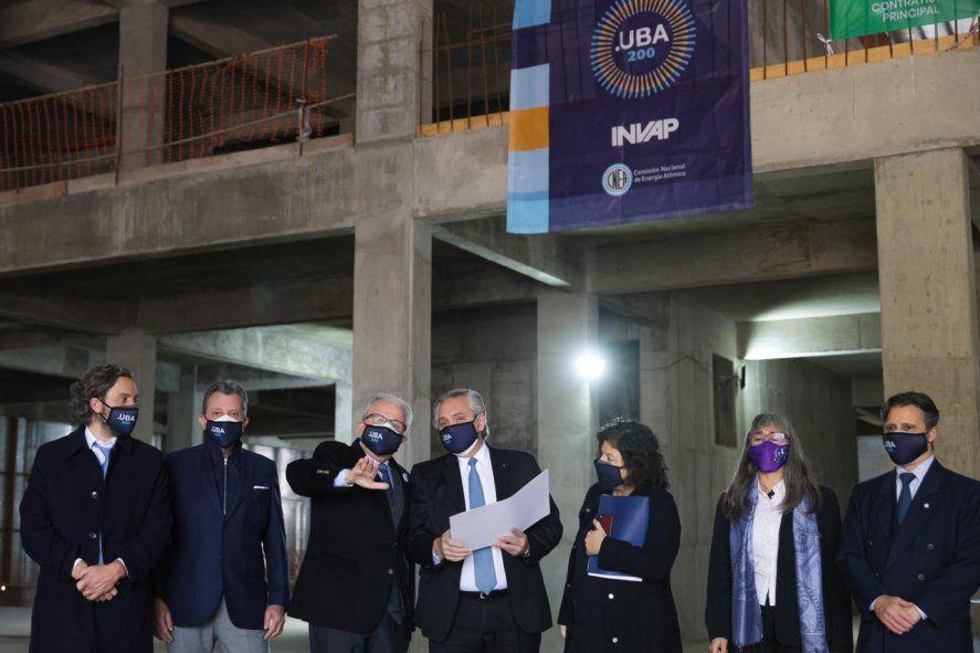 El presidente recorrió el Centro de Protonterapia Argentina