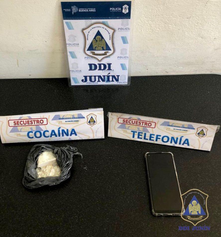 Chacabuco: quiso eludir un retén policial y cayó con cocaína