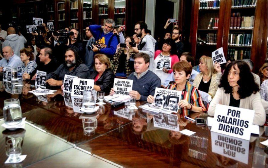 """Los docentes admiten que la propuesta """"ha sido mejorada"""" y el viernes darán respuesta"""