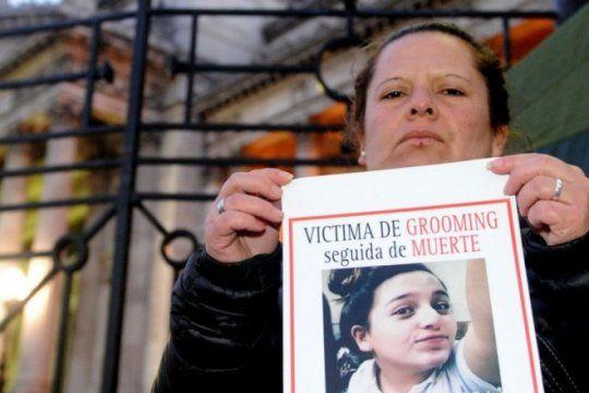 la mama de micaela ortega pide que haya mas controles en facebook para prevenir abusos