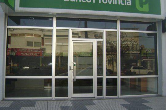 miercoles sin atencion al publico en los bancos: los trabajadores del sector celebran su dia