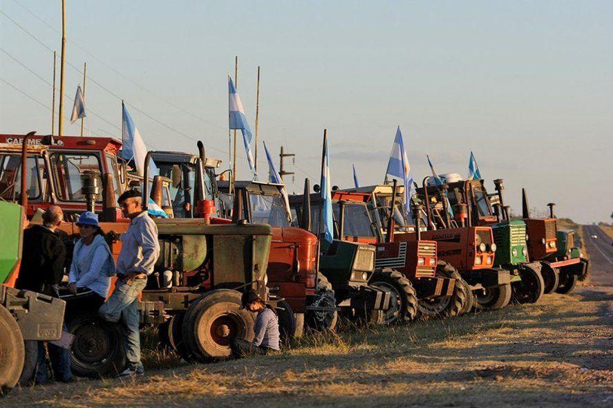 El campo ratificó el paro por 72 horas de comercialización de granos