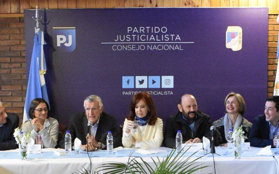 """Tras la reunión con Cristina, habló el PJ: Ella va a tener un rol central en las próximas elecciones"""""""