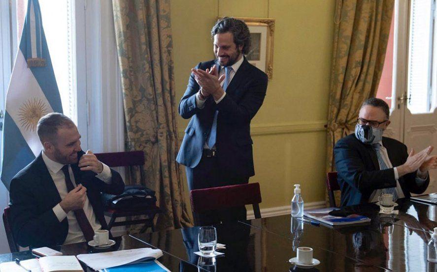 Aplausos para Guzmán: así recibieron al ministro en Casa Rosada