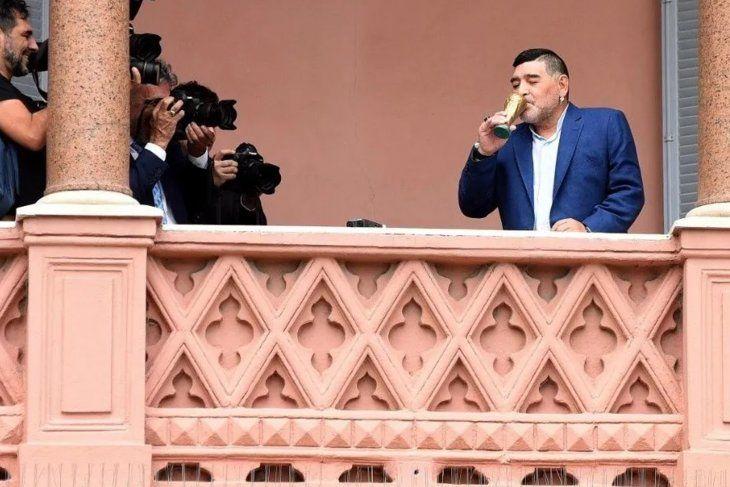 Estudiantes dijo presente junto a Maradona en la Casa Rosada