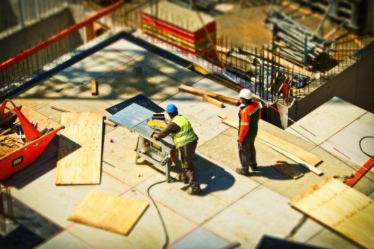 el gobierno nacional proyecta crear 300 mil empleos