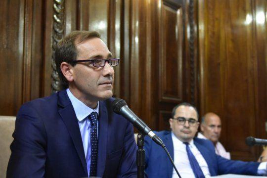 garro presiona para cobrar una vieja deuda provincial de $1.250 millones