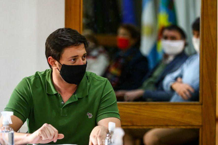 El intendente Martín Yeza salió a defenderse de las acusaciones de Girard