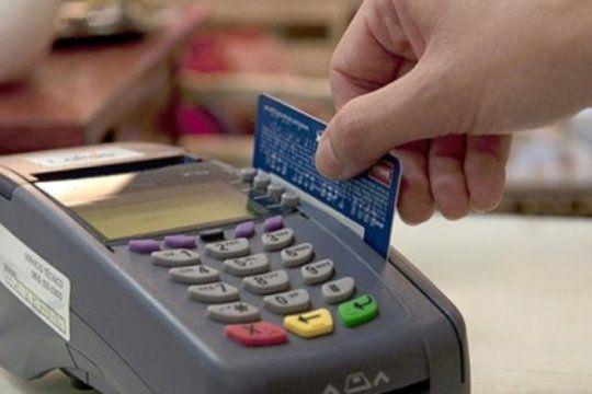 aumento por encima del 30% la venta con tarjeta de credito y se redujo el numero de operaciones en cuotas